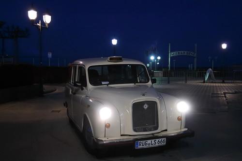 Original London Taxi Landaulet = Opamobil von Oma´s Küche in Binz