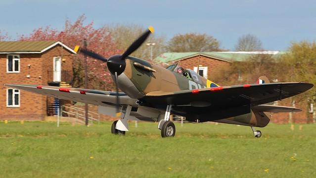 Spitfire Ia N3200 (G-CFGJ)