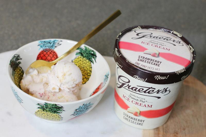 graeters-strawberry-cheesecake-ice-cream-9
