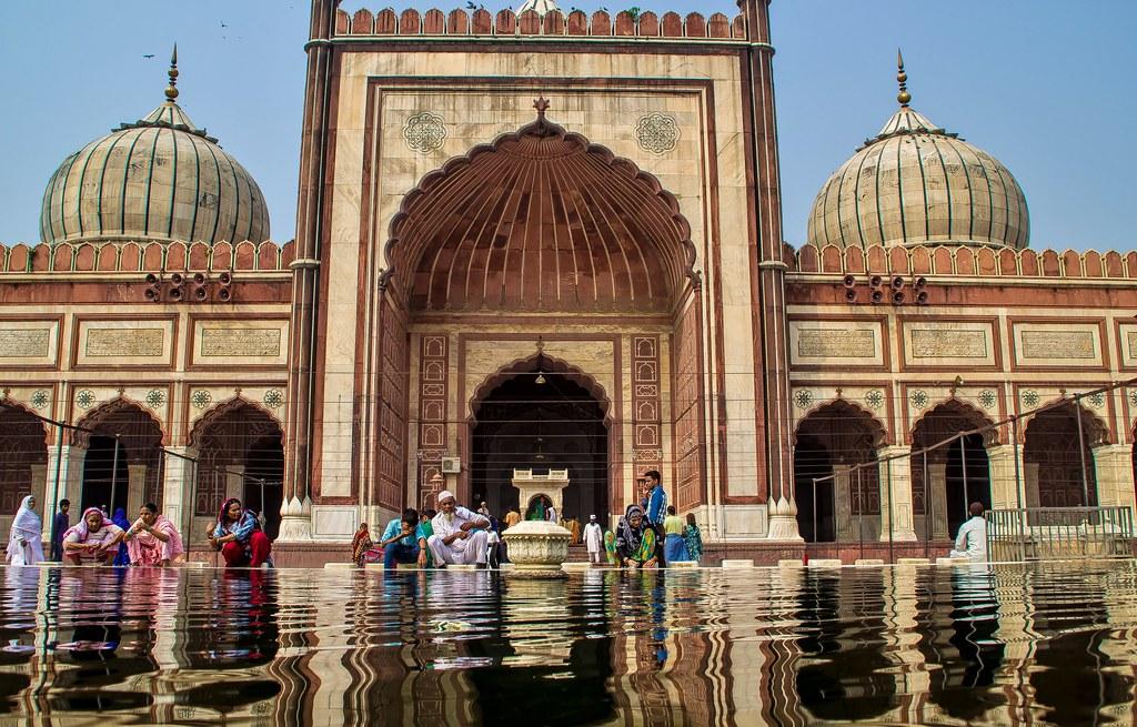 Jama Masjid, Delhi, India | A beautiful pocket of calm at ...