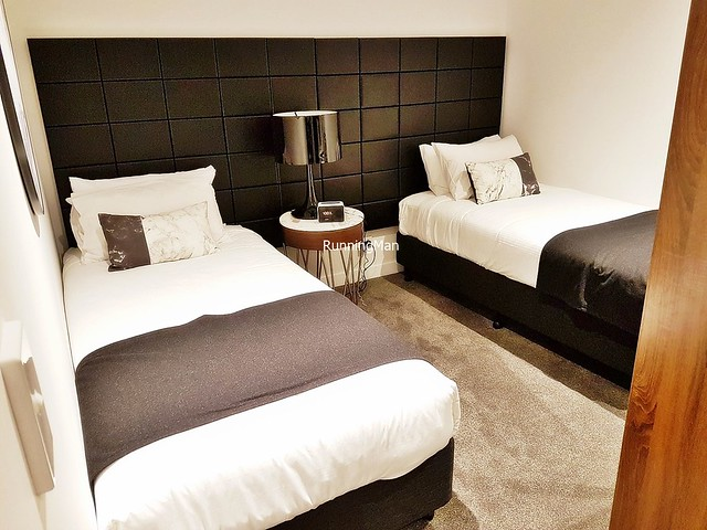 Silkari Suites Chatswood 07 - Sleeping Area
