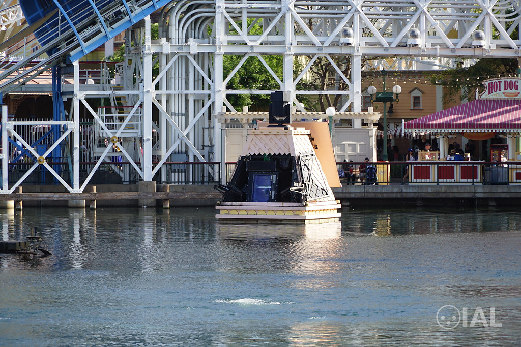 A look at the Syncrolite SXB-7/3 at World of Color at Disney California Adventure
