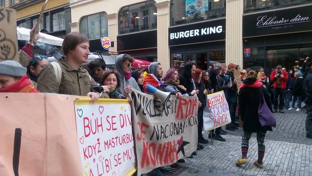 17_04_22_Blokáda_pochodu_pro_rodinu