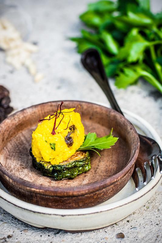 Baccalà mantecato allo zafferano con uvetta e pinoli