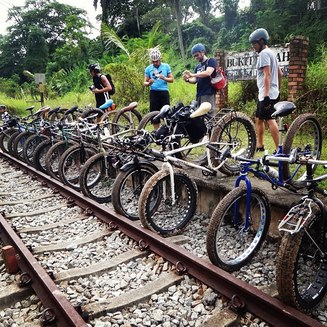 First Ever Singapore Fatbike Ride With Around 15 Riders F Flickr