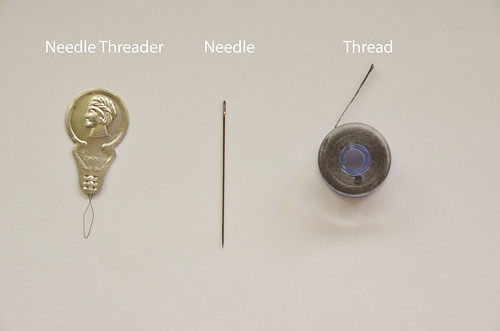 How To Thread a Needle: 1 Supplies