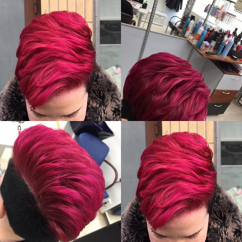 pinkki tukka suoravärillä