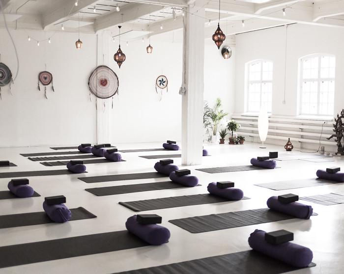 Urban Mandala Helsinki joogasali yoga jooga unisieppari_