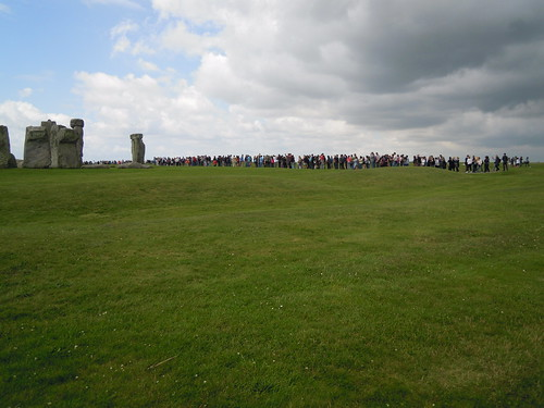 Studying Abroad in London: A Trip to Stonehenge