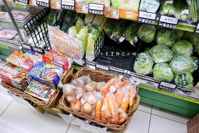 4 日本必逛必買 Lawson 100 便利商店也走百円風 生鮮熟食 泡麵零食 各式食品 生活日用品雜貨通通百円價好逛好買