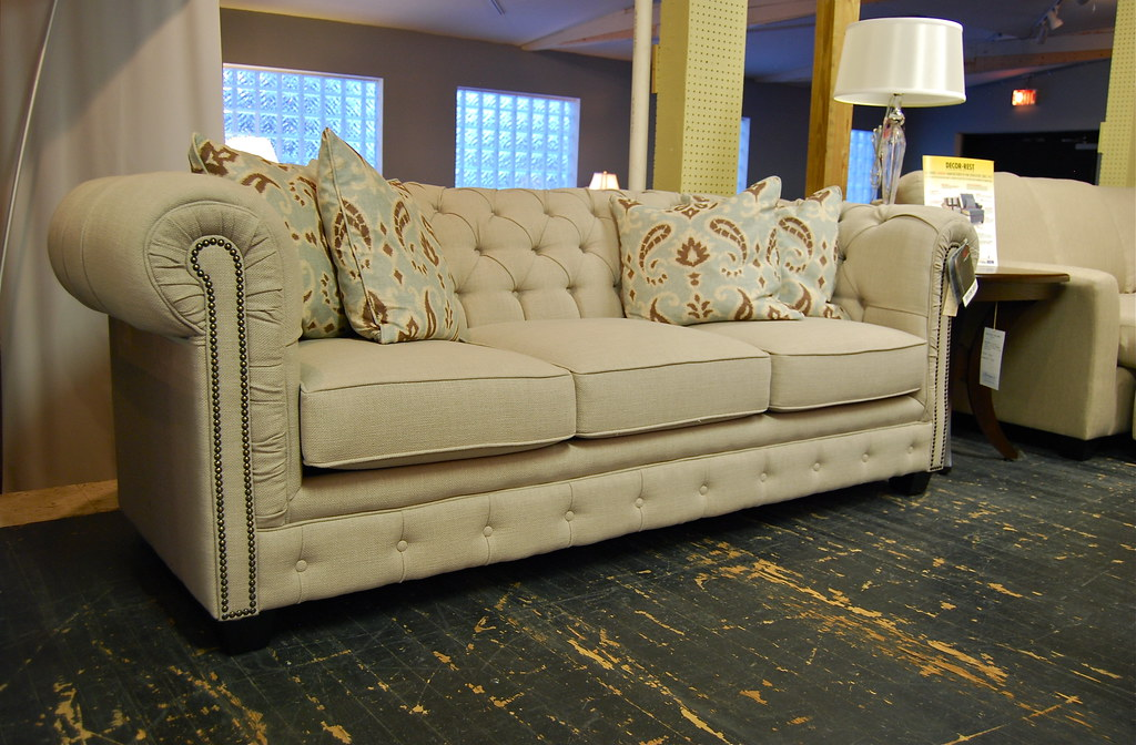Decor Rest 2230 Sofa In Stock This Beautifully Tailored Flickr