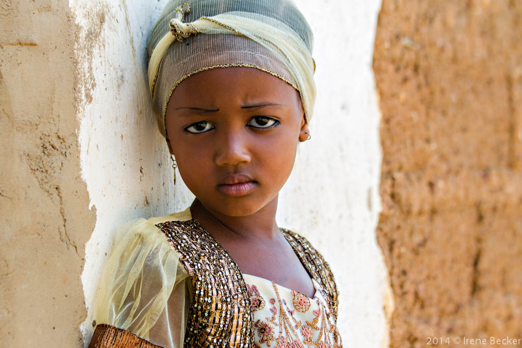 Little teen and tribu african - 1 5
