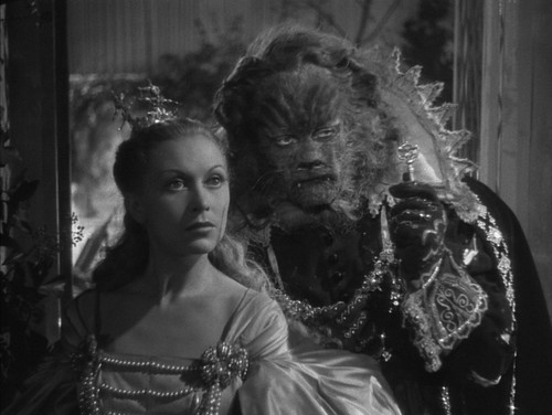 La Belle et La Bête - 1946 - screenshot 13
