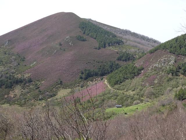 Vistas en la Ruta del Albergue a Tres Bispos - Ancares