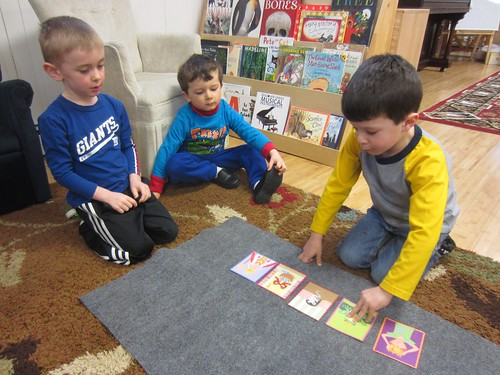 using picture cards to tell a story