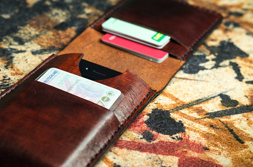Iphone C Wallet Case Canada