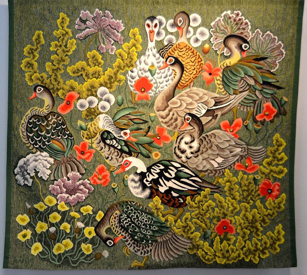 Tapisserie de dom robert canards de loul carton de 1985 - Galerie nationale de la tapisserie beauvais ...