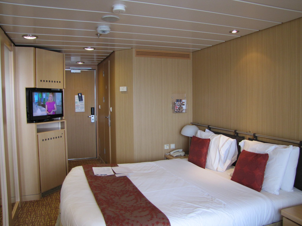 Good Mobile Cabins #2: 10649856564_c8a1691749_b.jpg
