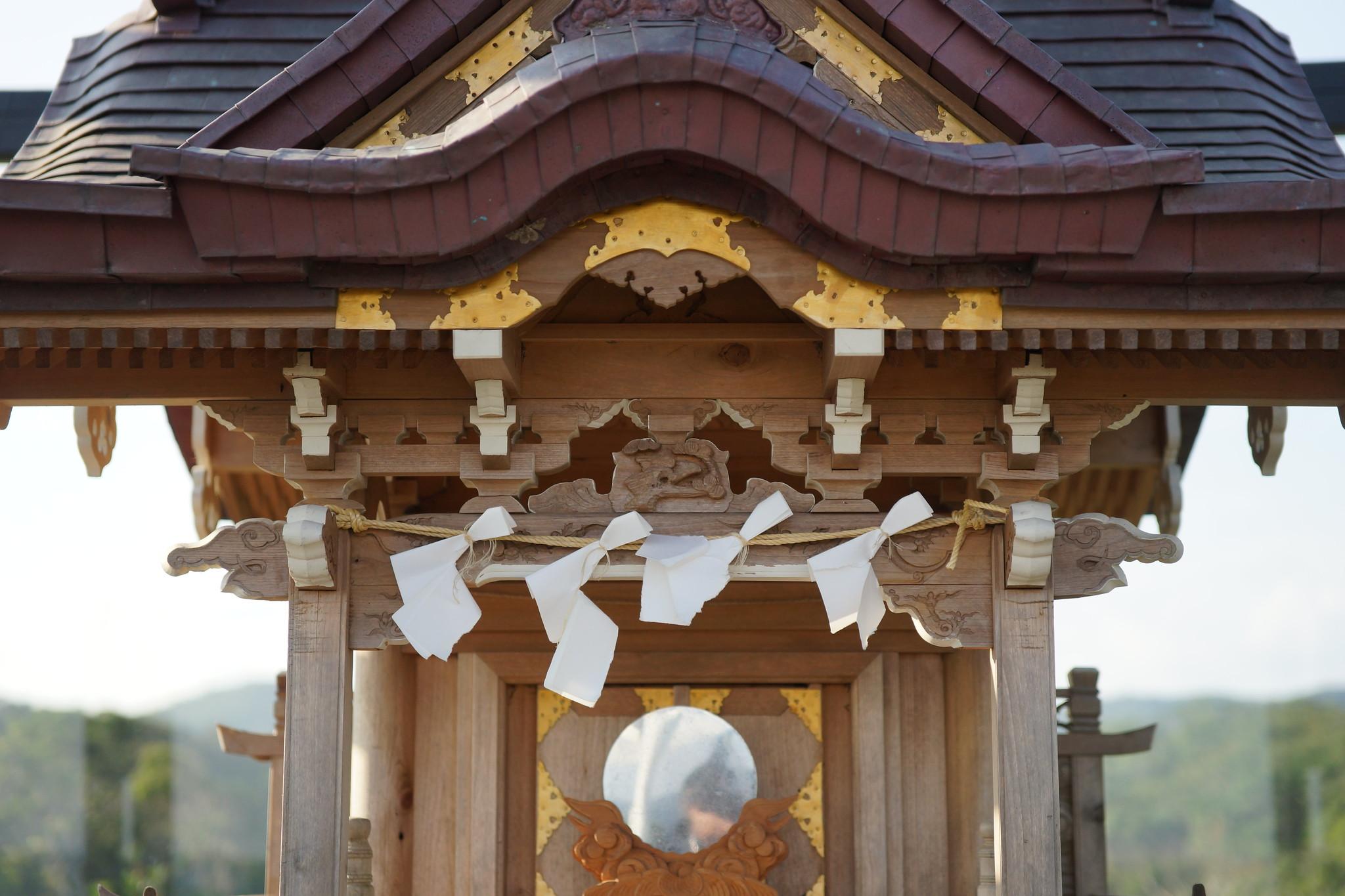 木造的高士神社。(攝影:王顥中)