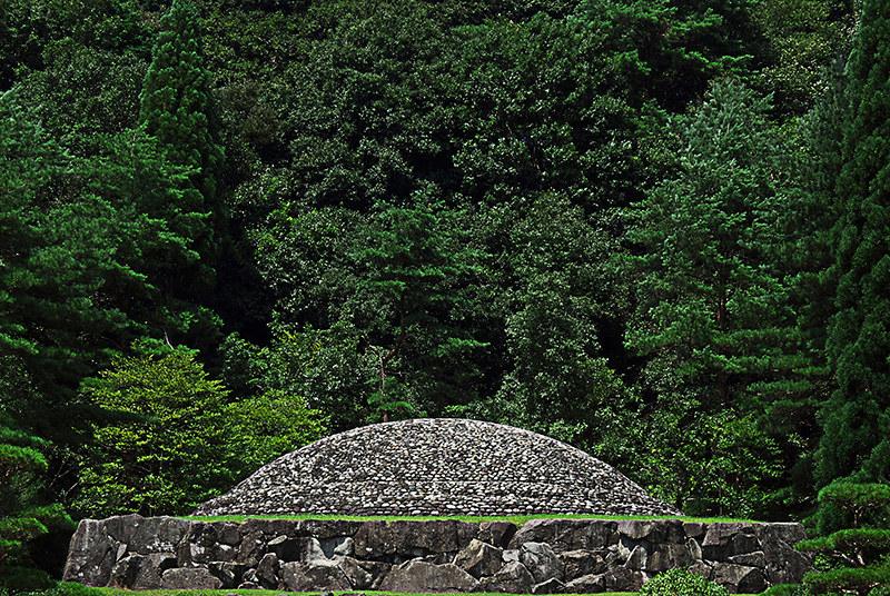 終戦記念日 多摩御陵、武蔵野御陵