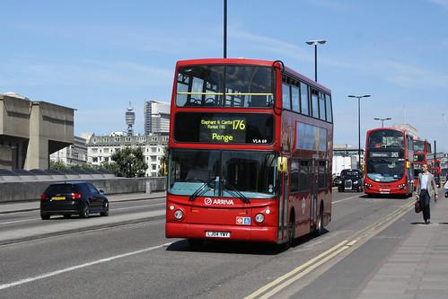 Arriva London North VLA69 LJ04YWY