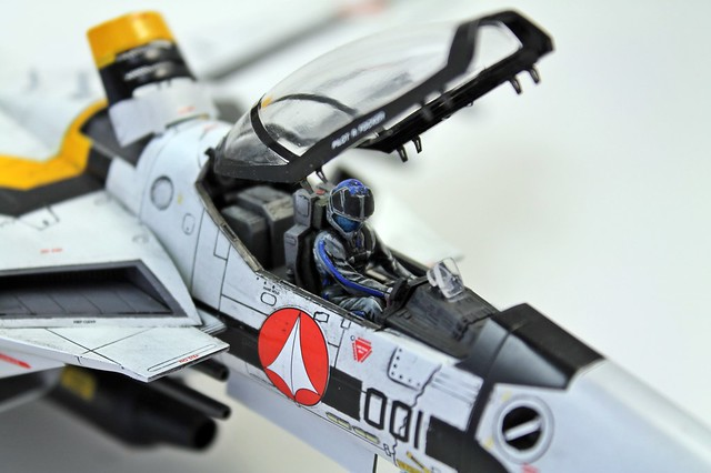 VF-1S Valkyrie TV-H