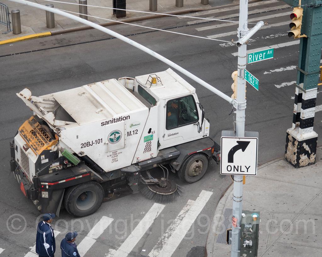 Sanitation Street Sweeper At Yankee Stadium The Bronx Ne Flickr - Nyc street sweeping map