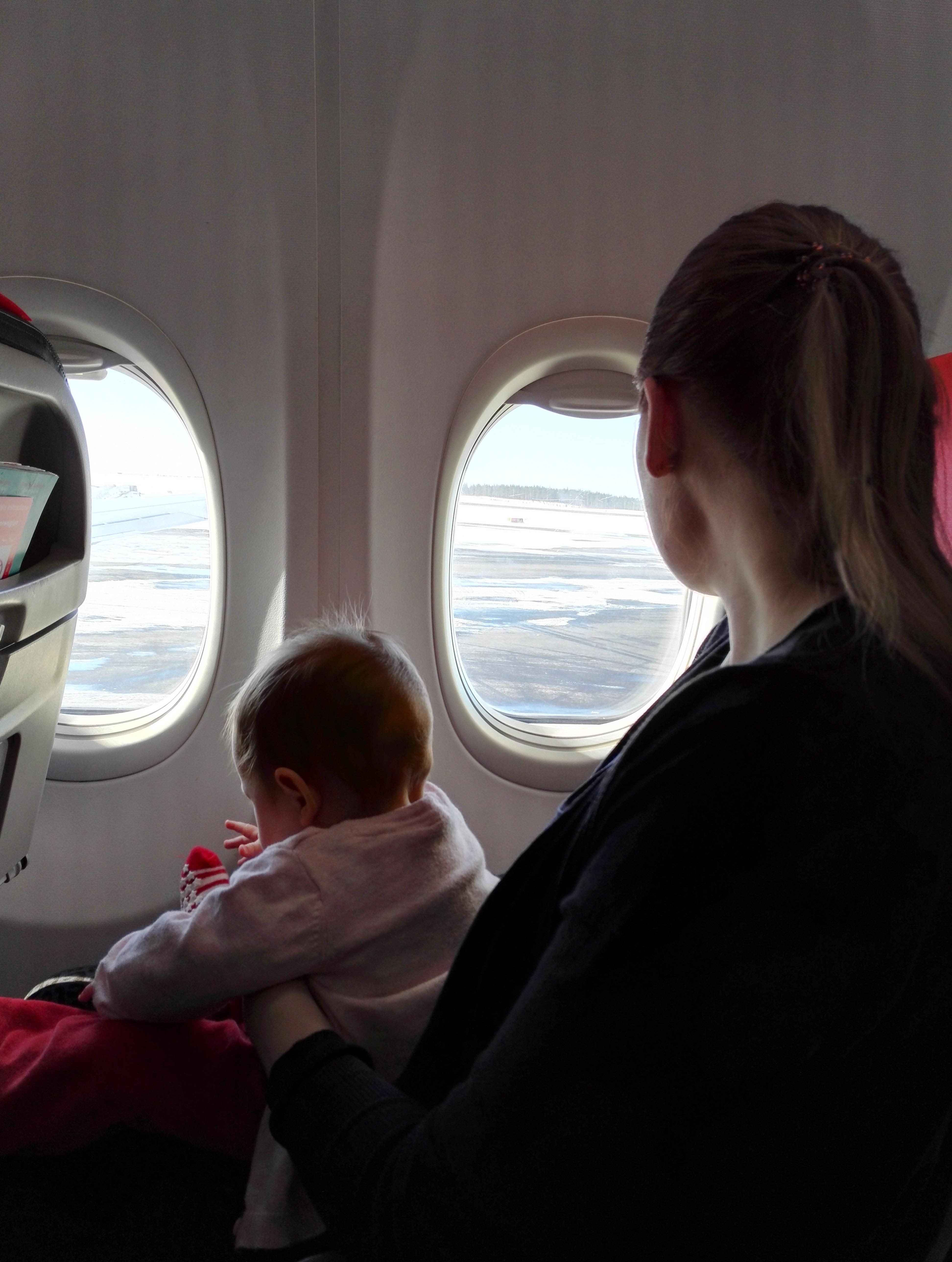 lentomatka vauvan kanssa