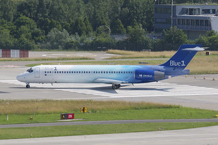 Blue 1 Boeing 717-2CM; OH-BLH@ZRH;06.07.2013/713cn | by Aero Icarus