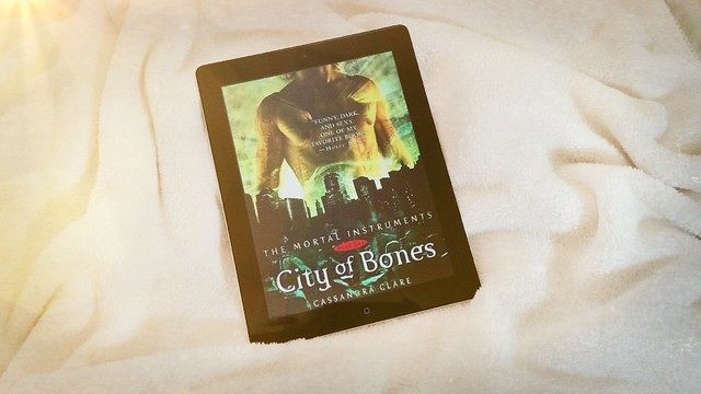 City of Bones by Cassandra Clare | The Mortal Instruments Book 1