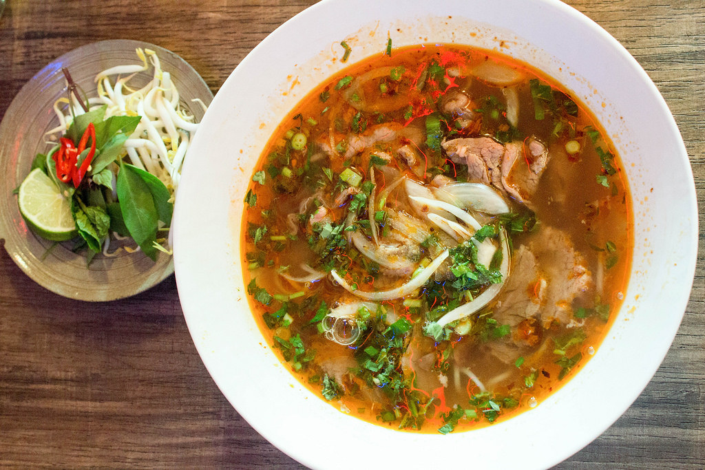 Vietnamese Food: Saigon Alley Beef Bowl