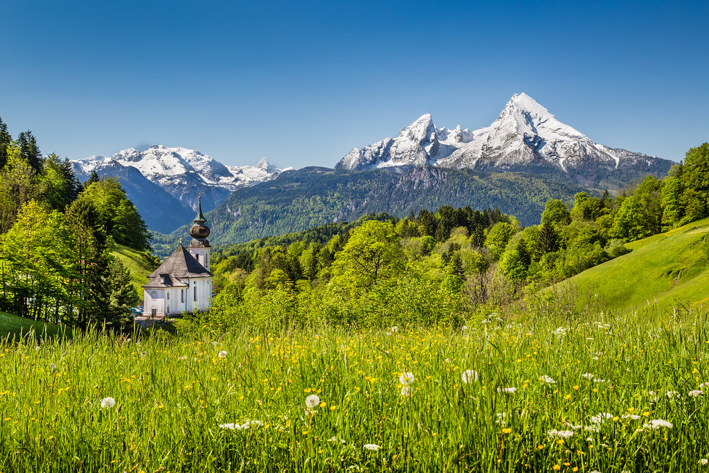 Berchtesgaden National Park and Watzmann dreamstime_xl_51404829