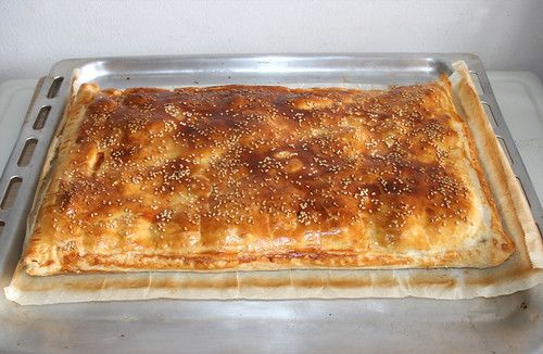 54 - Leek chicken strudel - Finished baking / Lauch-Hähnchen-Strudel - Fertig-gebacken