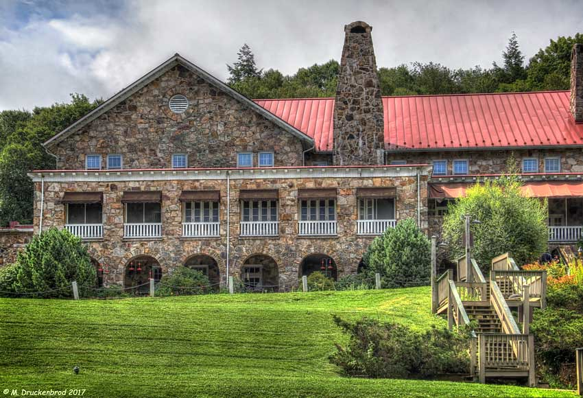 Mountain Lake Lodge The Dirty Dancing Hotel In Pembroke V Flickr
