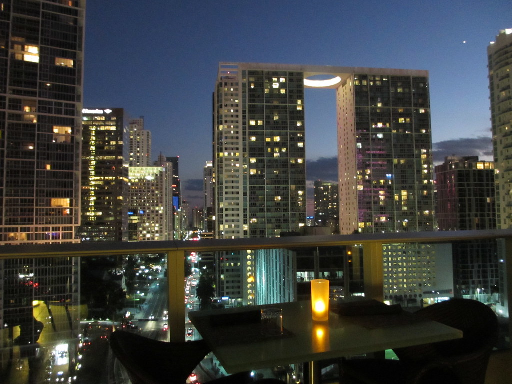 Twilight View From Area 31 Restaurant Miami Florida Flickr