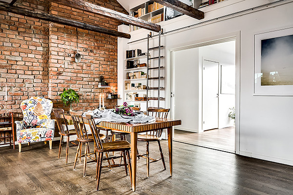 loft-wall-bricks