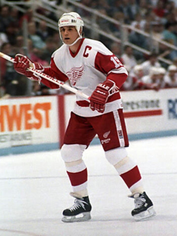 Yzerman Red Wings 1