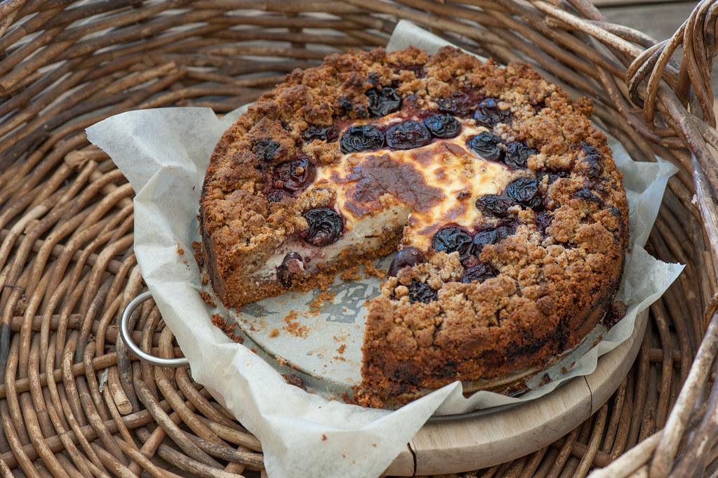 Cherry & Ricotta Crumble Cake-2