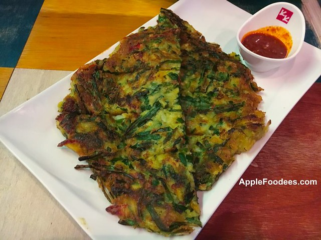 Chicken Up Subang Jaya - Haemul Pajeon (Seafood and Green Onion)