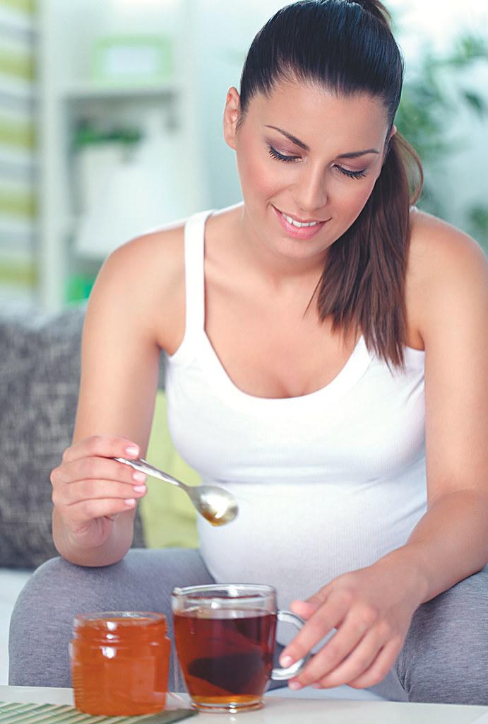 uống mật ong tốt cho phụ nữ mang thai