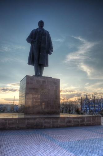 Yuzhno-Sakhalinsk in evening on APR 26, 2017 (15)