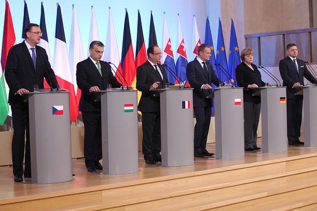 06 jednání v4 za účasti prezidenta francie a německé kancléřky