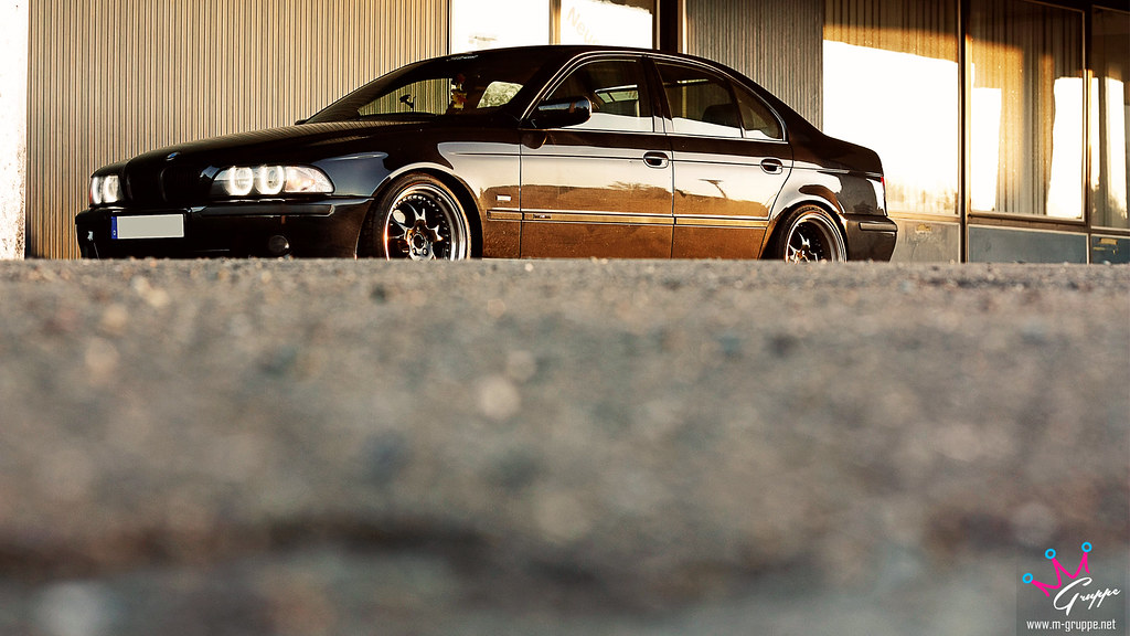 Bmw E39 Stanced Bmw E39 With Rh Zw3 9x18 Quot And 10 5x18 Quot Si Flickr
