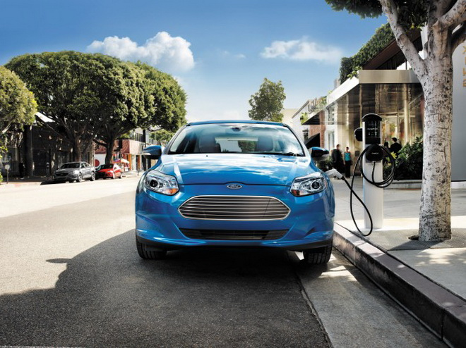 2014-Ford-Focus-Electric