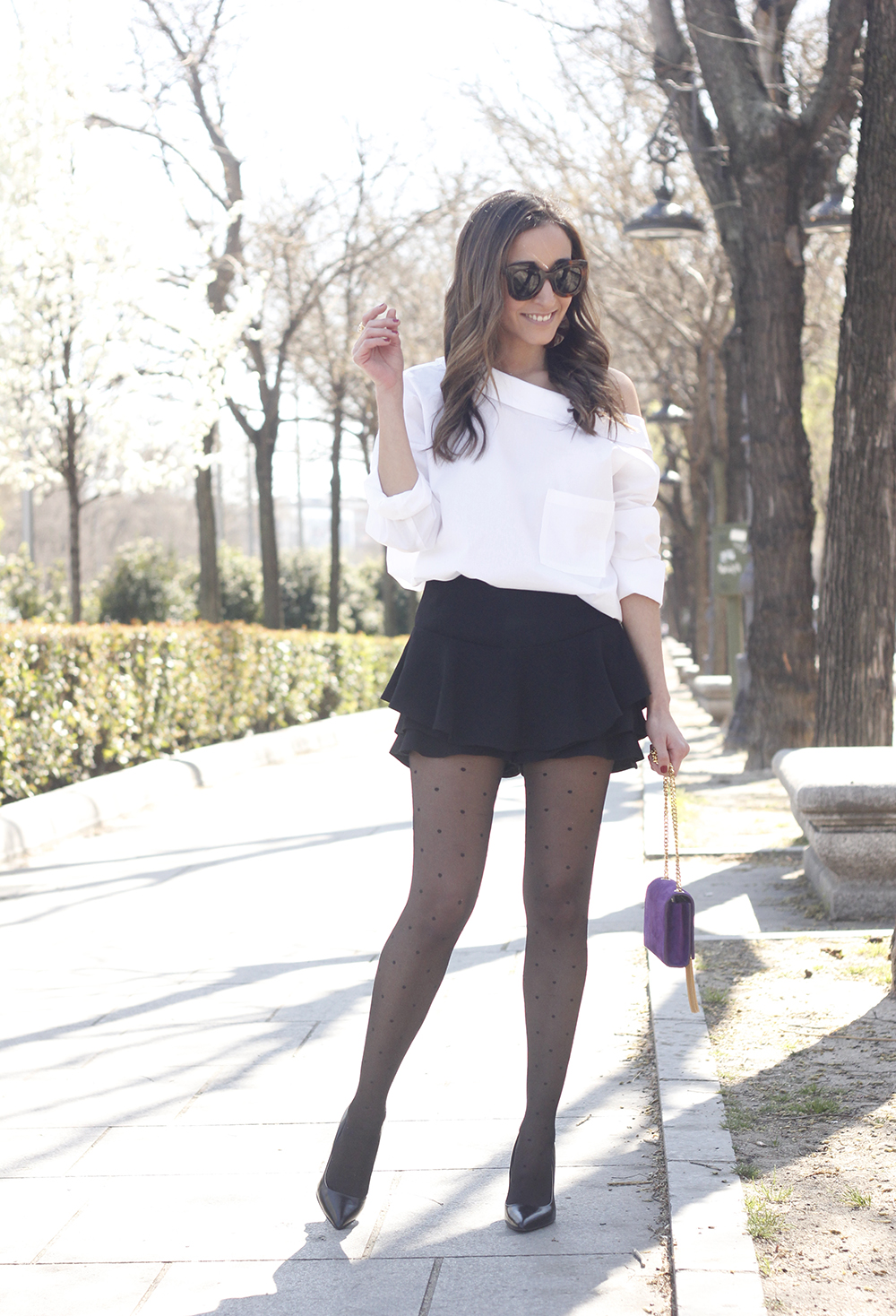 Ruffled shorts white shirt saint lauren bag céline outfit style01