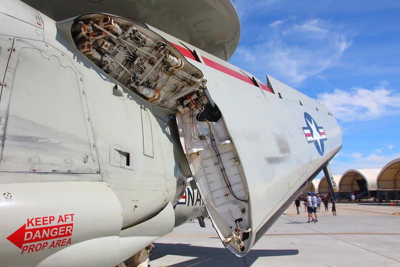 IMG_2680 E-2C Hawkeye