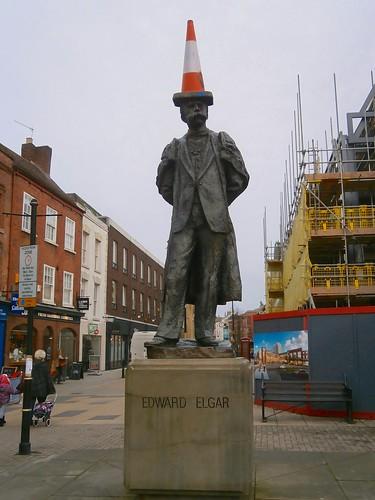 Statue of Edward Elgar, Worcester 12-16