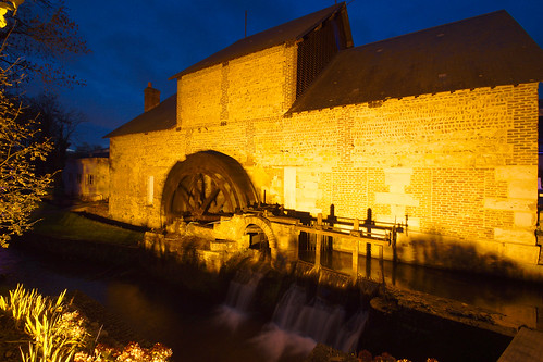 La roue à aube du Moulin Saint-Gilles
