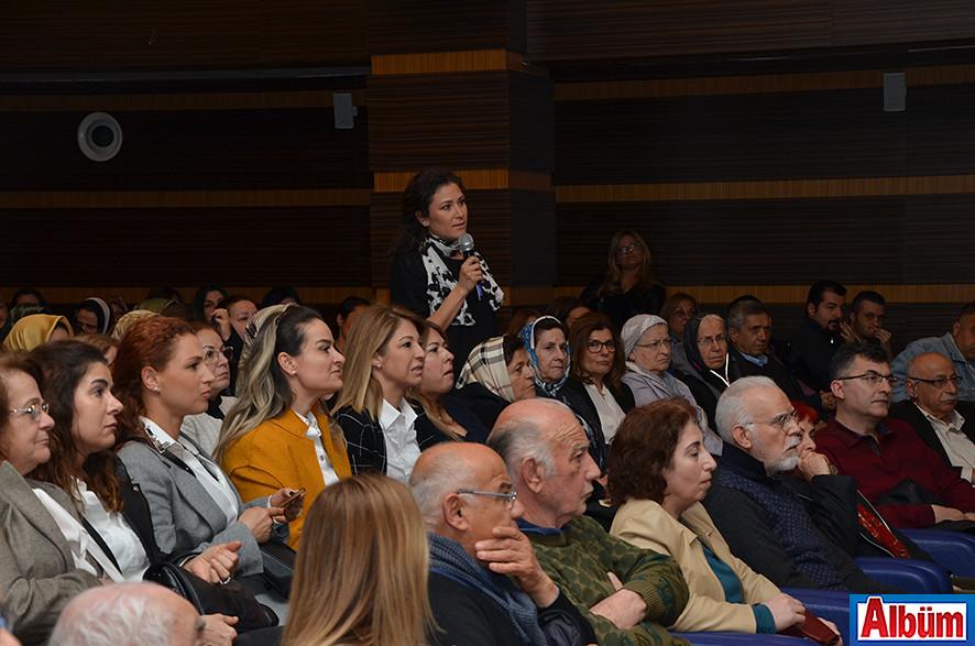 Katılımcıların soruları uzmanlar tarafından cevaplandı.
