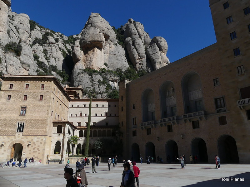 Montserrat. De Monistrol al monestir.